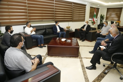 Hasan Discussed with a Delegation of the Strong Lebanon Bloc the Health Implications of Beirut Blast